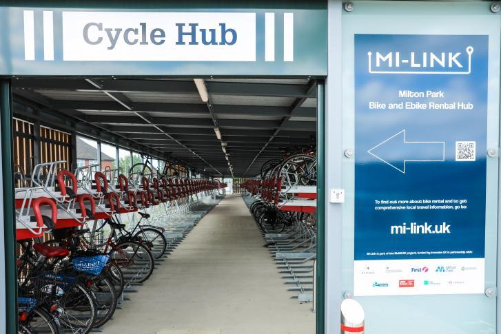 New free bike rental hub open at Didcot Parkway