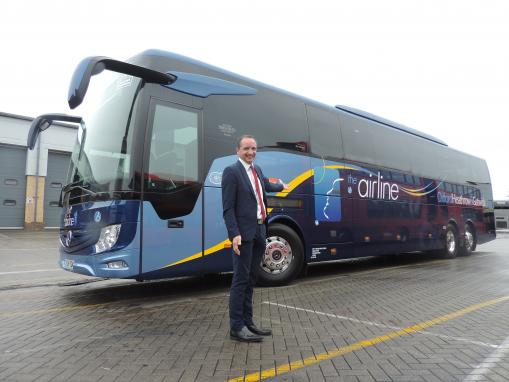 Oxford Bus Company increase airline services to Heathrow Airport