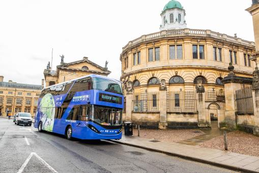 Oxfordshire celebrated as champion for local energy innovations on COP26 bus tour