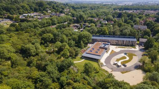 OxLEP-supported investment at The Oxford Trust's Wood Centre for Innovation sees first company take lab space
