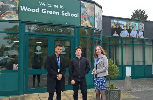 Volunteers' Week 2019: Apprenticeship Ambassadors 'Give an Hour' to inform and inspire sixth form students